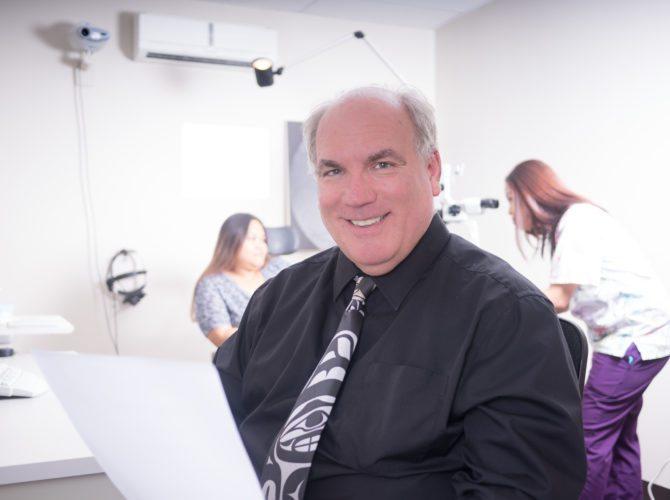 Dr. Mark Robertson, Saipan Eye Clinic, Optometrist